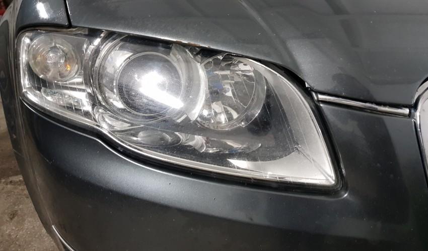 Instalare ansamblu de lupe - Audi A4 B7