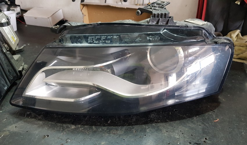 Reconditionare faruri - Audi A4 B8